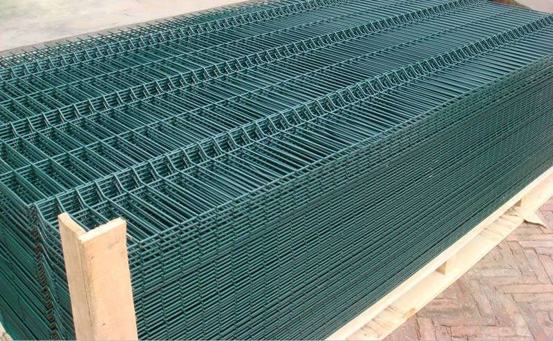 Polyester Coated Welded Wire Fence with Concertina Wire
