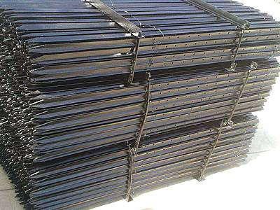 Metal T Post t post - euro style post for metal fence or barbed wire fastening