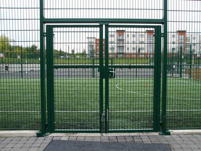 Gate of Welded Fence Surface Treatment Methods and Applications
