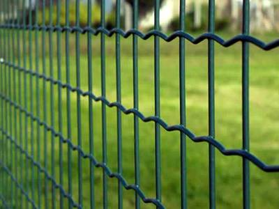 Welded Wire Fence with wave type