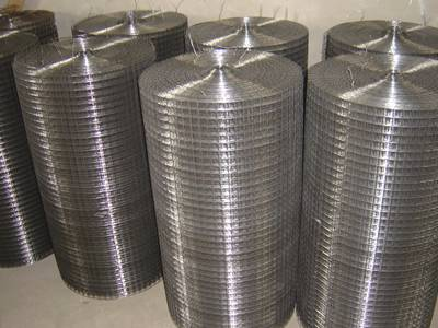Stainless steel welded wire screen rolls